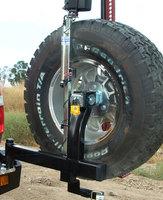 Выносной крепеж запаски KAYMAR правый к заднему бамперу TOYOTA LC100 (K8040UR)