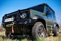 Передний бампер с монтажной плитой под лебедку и кенгурятником для Suzuki Jimny IV с 2018 (1.5 бензин) (36302)